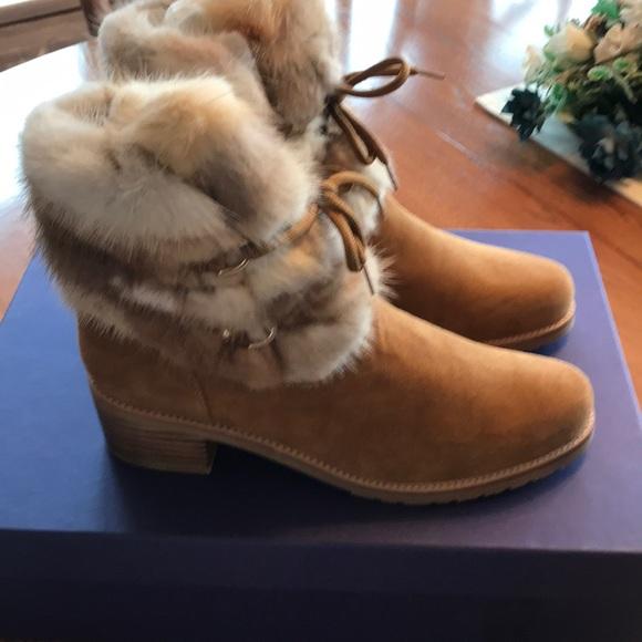 852fa2f4635 Stuart Weitzman Camel suede Mink boots